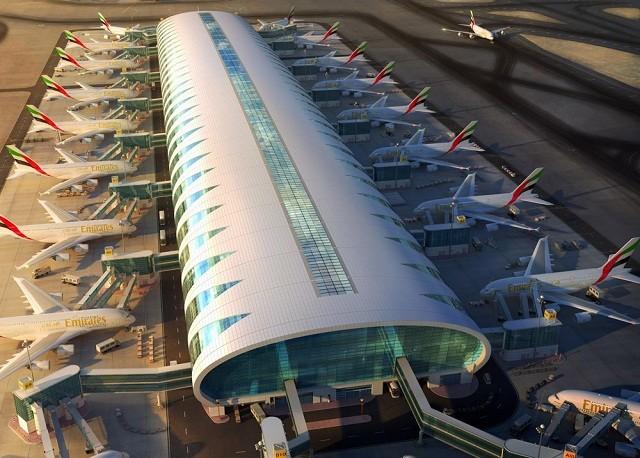 Терминал 3 аэропорта Дубаи.