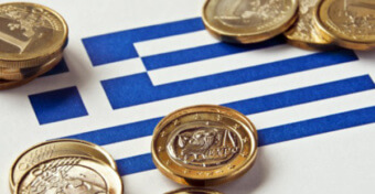 Деньги на флаге Греции